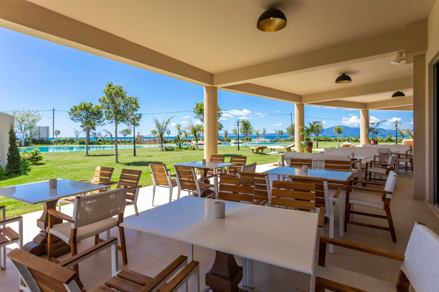 Elysian luxury hotel and spa Kalamata restaurant garden