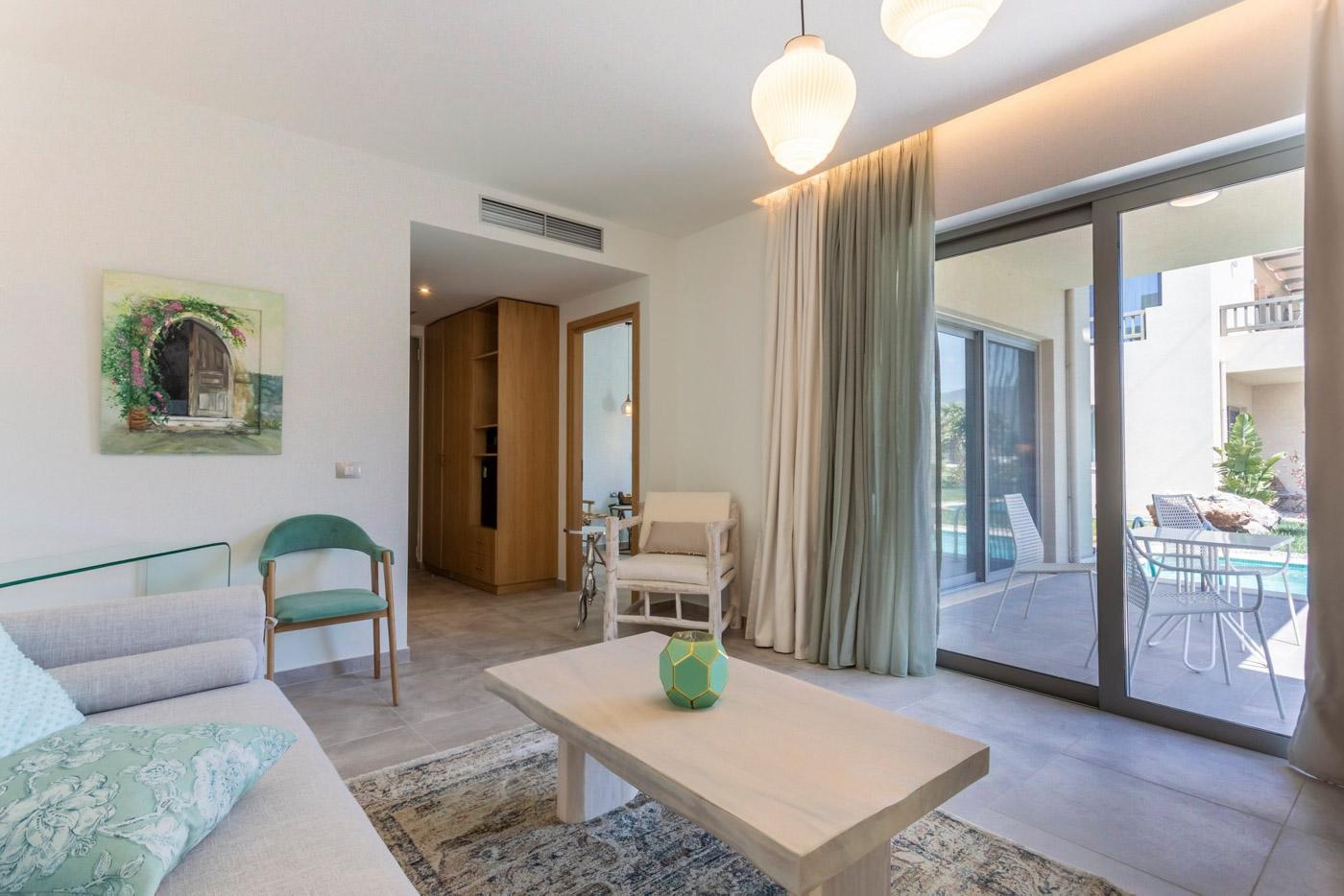 Elysian luxury hotel and spa Kalamata executive suite