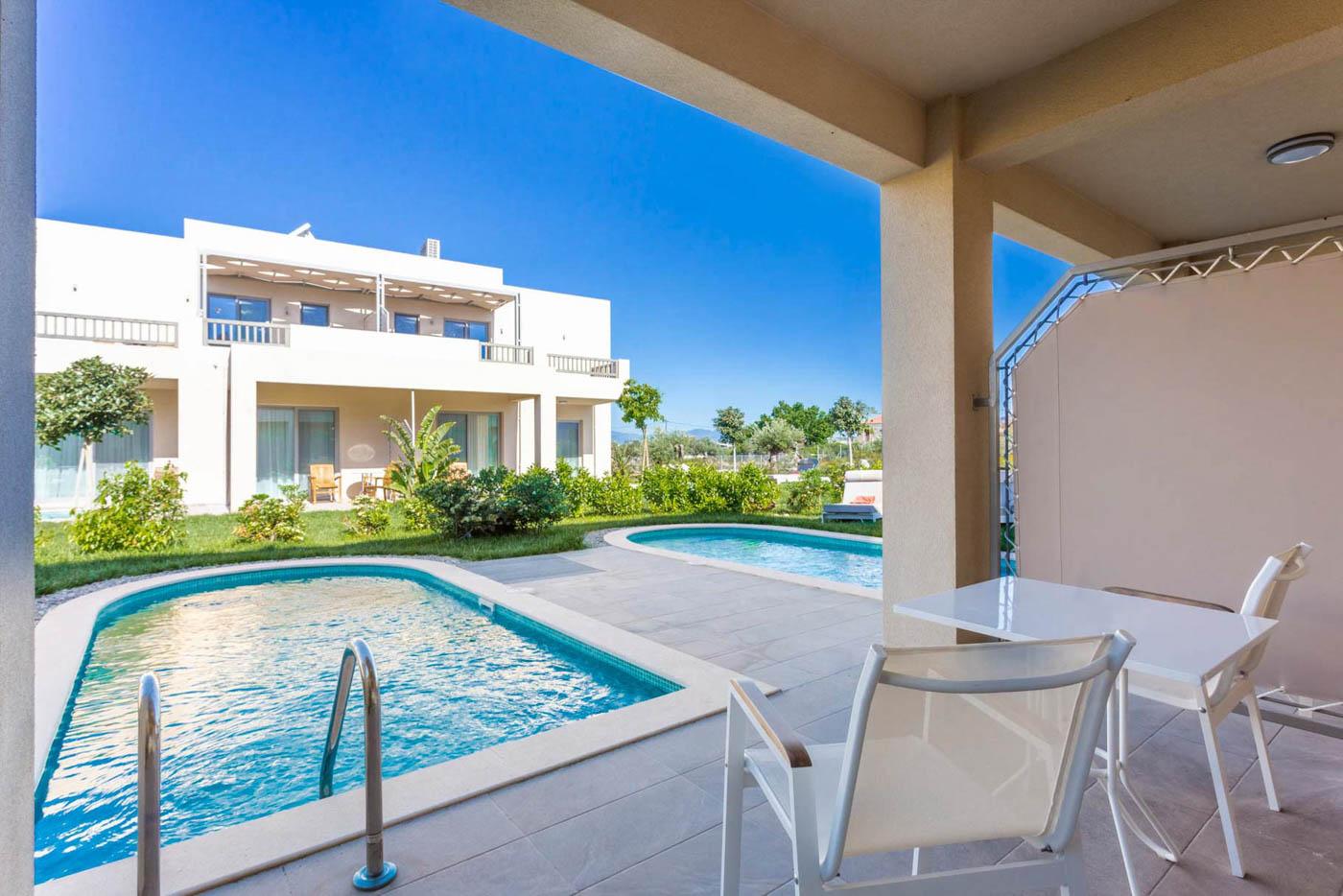 Elysian luxury hotel and spa Kalamata personal pools