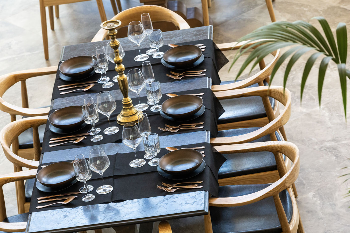 Elysian luxury hotel and spa Kalamata decorated restaurant table